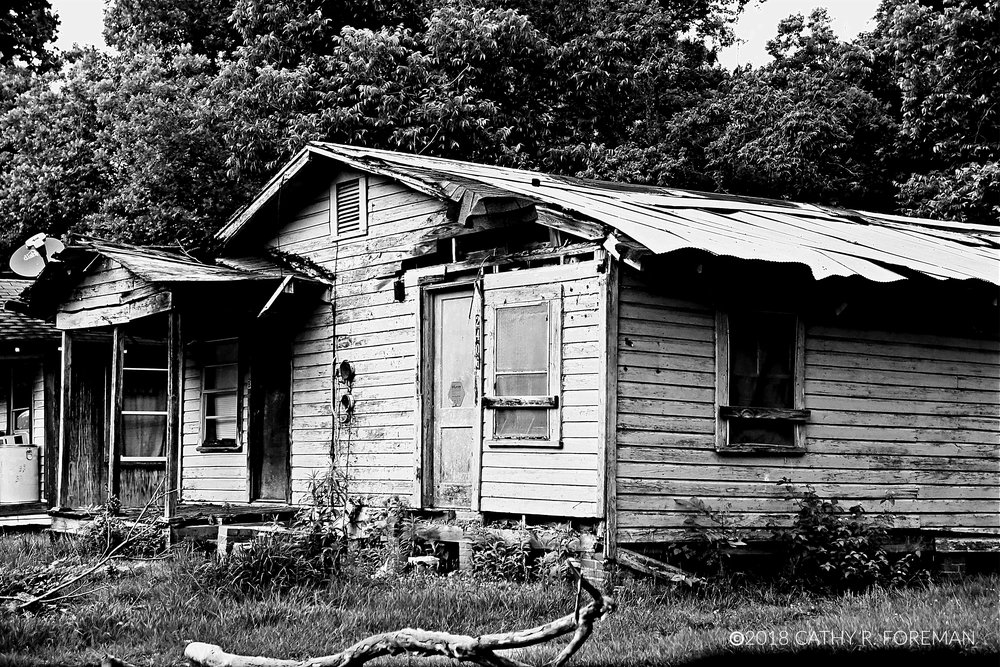 Dilapidated Housing in Africatown | Image by Cathy R. Foreman