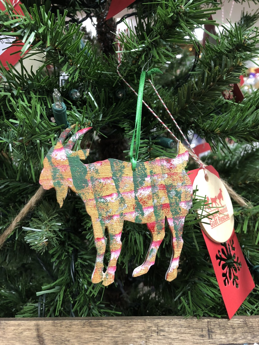 Our annual Giving Trees are up at both The Grange Issaquah and Reber Ranch in Kent. Thanks to our friends at both locations for hosting us.Visit and donate a much needed item to the over 70 goats currently calling our farms home for the holidays!