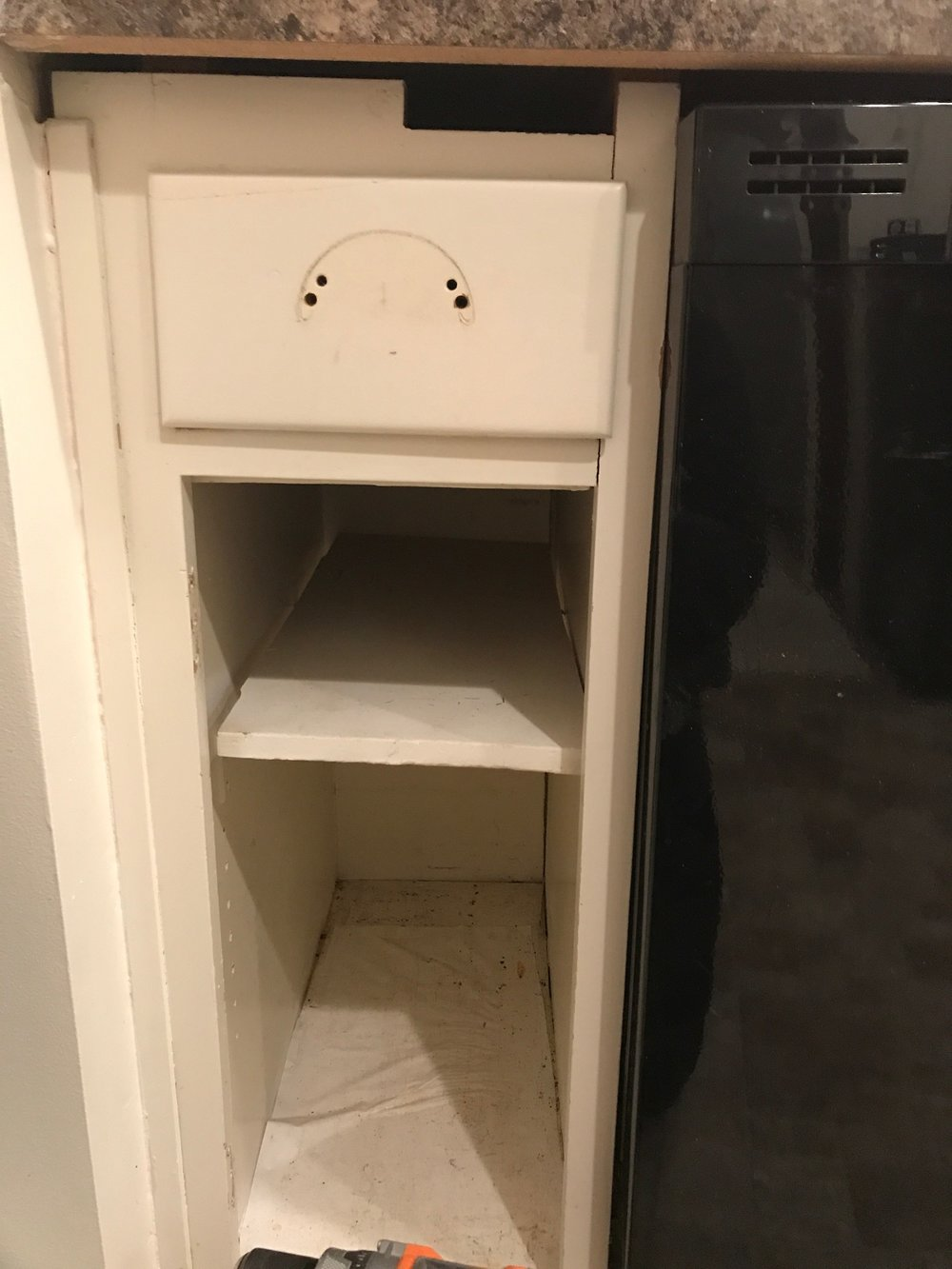Proof that there was no saving these cabinets ( I KNOW SOME OF YOU HAD YOUR DOUBTS!)   WHAT IS THAT HOLE?
