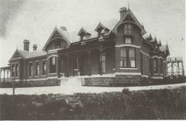 the early years - Arcoona manor near completion in 1892