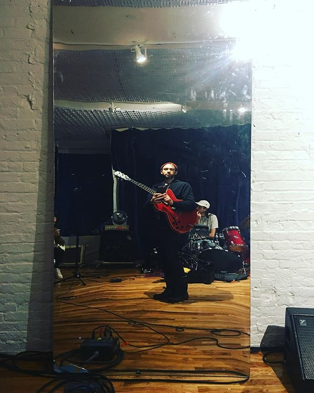 Rehearsal with Von Sell for the upcoming album release show Nov 11th at Ludlow house. Don't miss it! . . .  #gibson #gibsones333 #red #redguitar #guitar #bananappealstudiosbk #magnatone #boss #bosspedals #earthquakerdevices #music #recording #recordingstudio #recordingengineer #protools #neumann #guitarlick #guitarplayer #guitarplayermagazine #guitarmagazine #guitaraficionado #premierguitarmagazine #premierguitar #guitarworld #guitarworldmagazine #voxamps #rehearsal #vonsell #funhousemirror #funhouse