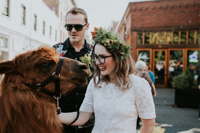this-couple-celebrated-their-7th-anniversary-with-an-urban-adventure-vow-renewal-in-portland-oregon-jamie-carle-photography-3-700x467.jpg