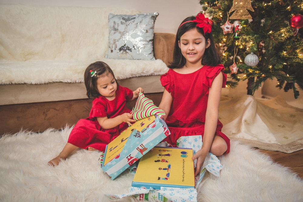 worldwide_buddies_christmas_gifts_2 (1).jpg