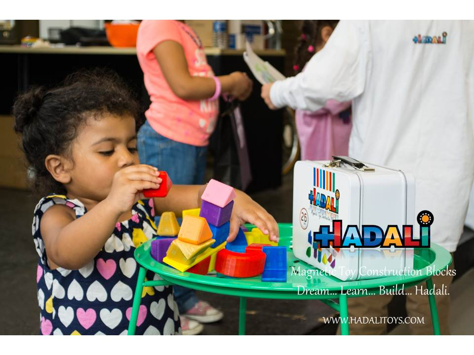 Toddler plays with Hadali -Magnetic Toy Construction Blocks