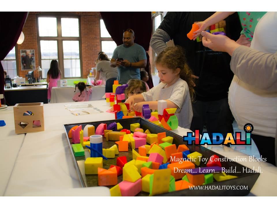 Hadali Toys - Build, Eat, Repeat
