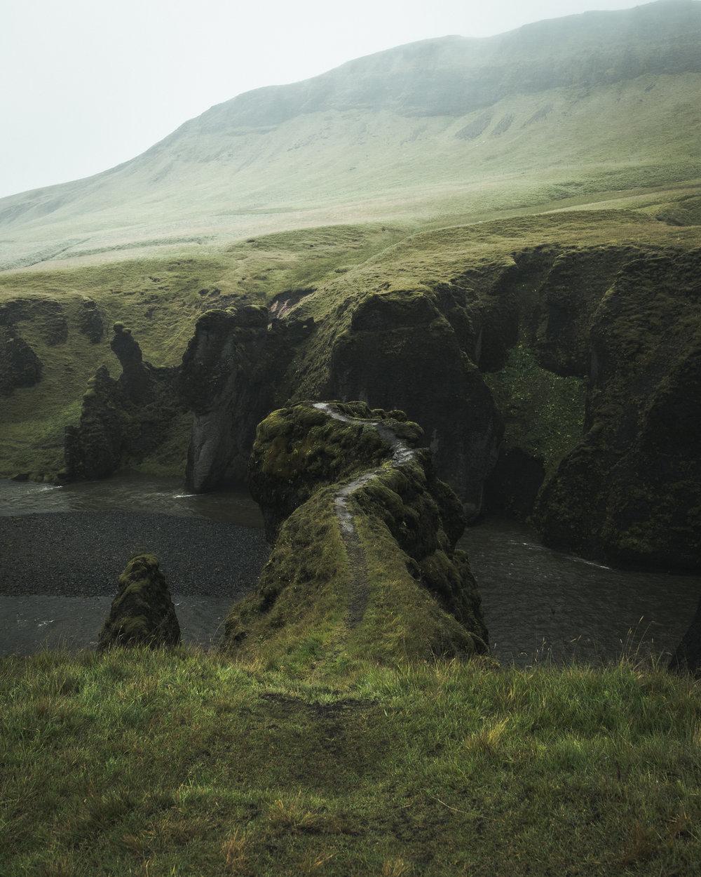 gorge trail.jpg