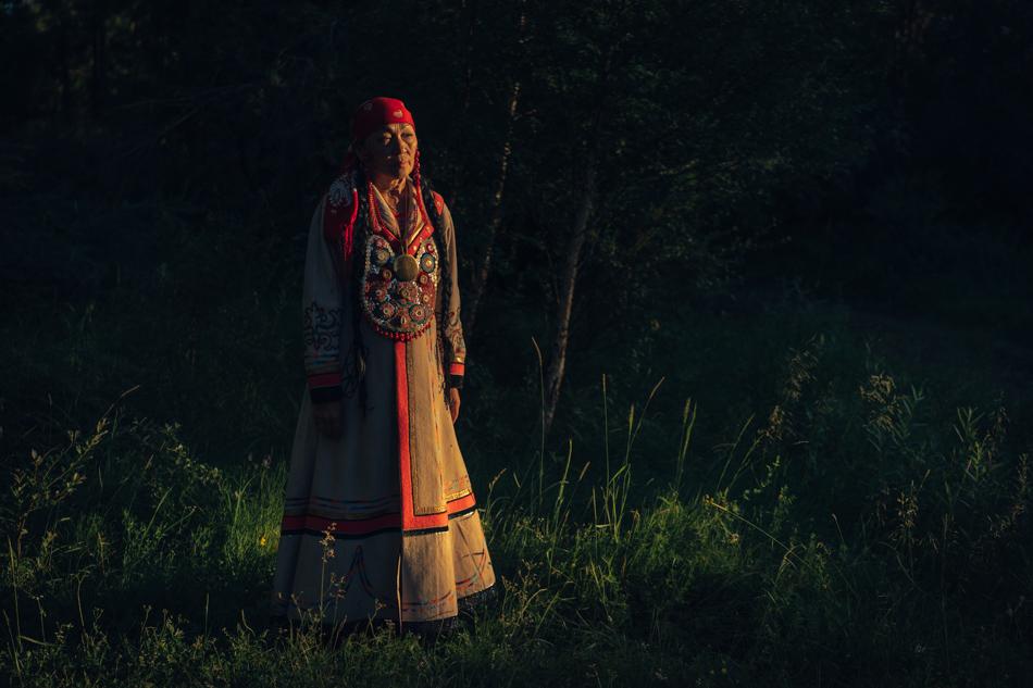 Honoured Artist of Republic of Khakassia Iraida Ahpasheva in Khakassian traditional dress