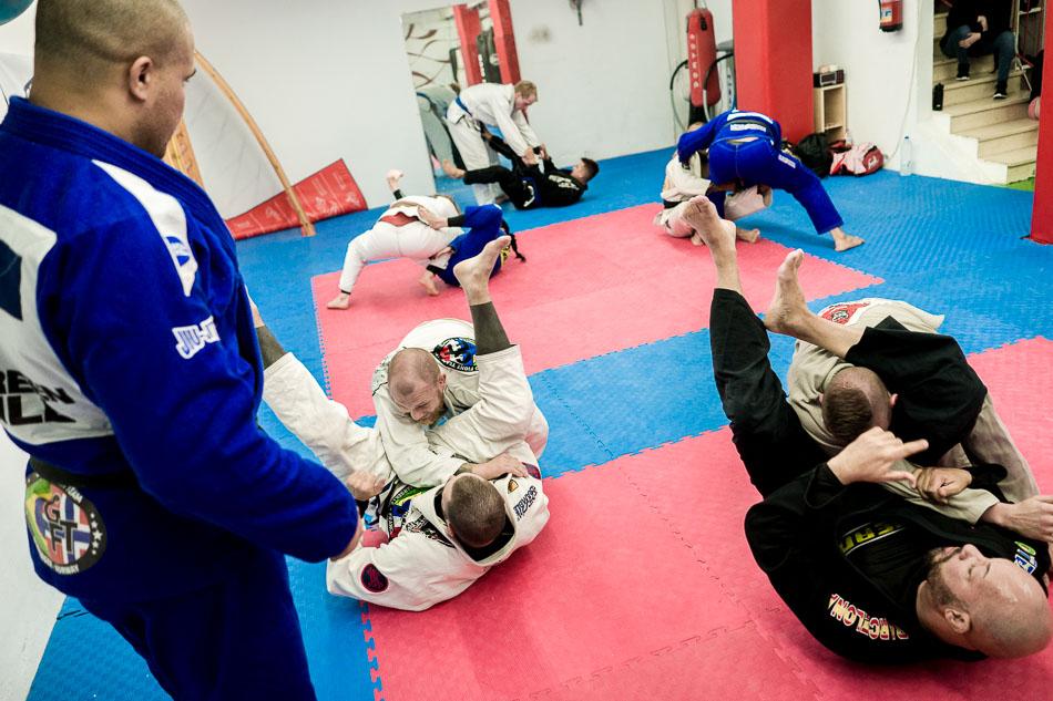 bjj-brazilian-jiu-jitsu-training-01