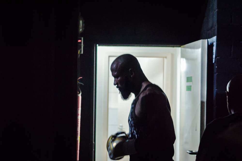 Deji Kalejaiye before going into the cage.