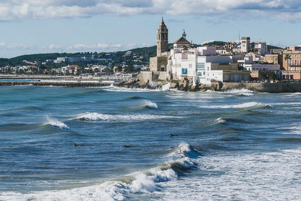 Surfing in Sitges Photo by Yuriy Ogarkov-012.JPG