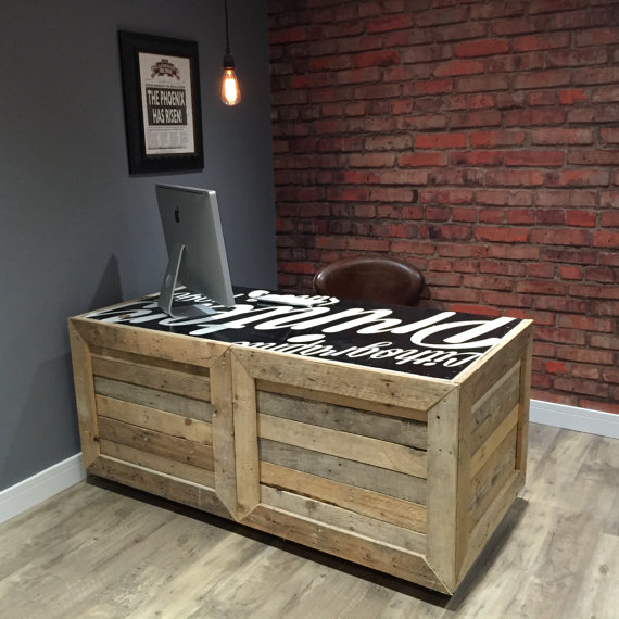 стол ручной работы из британского Etsy-магазинаReFrmd