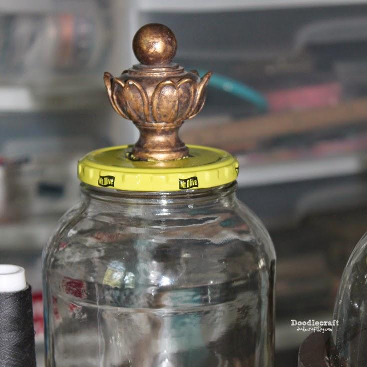 как переделать обычную стеклянную банку в декоративный контейнер источник