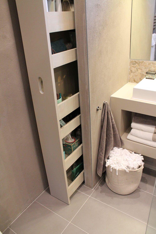 выдвижная полка для хранения в ванной  источник