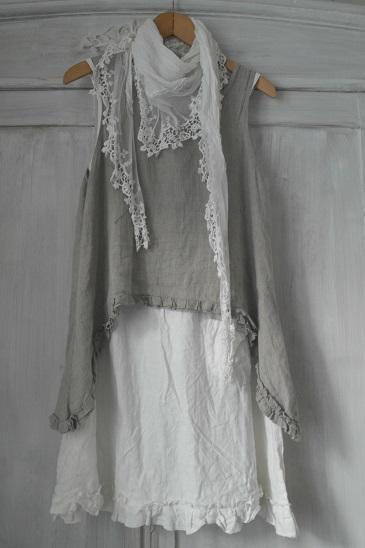 что можно сделать из свадебного платья - кружевной шарф  источник