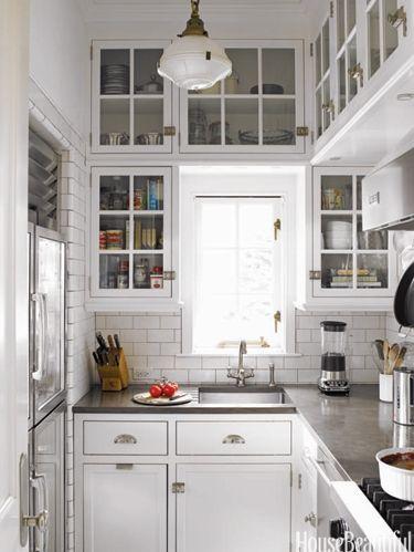 54c054b7bc39c_-_hbx-joan-schindler-white-kitchen-0507-xln.jpg