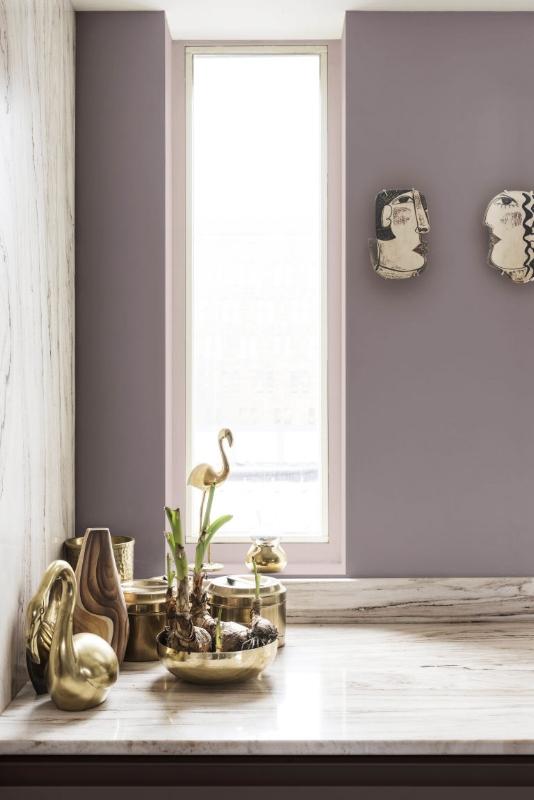 дымчато-розовый серо-розовый в интерьере  источник
