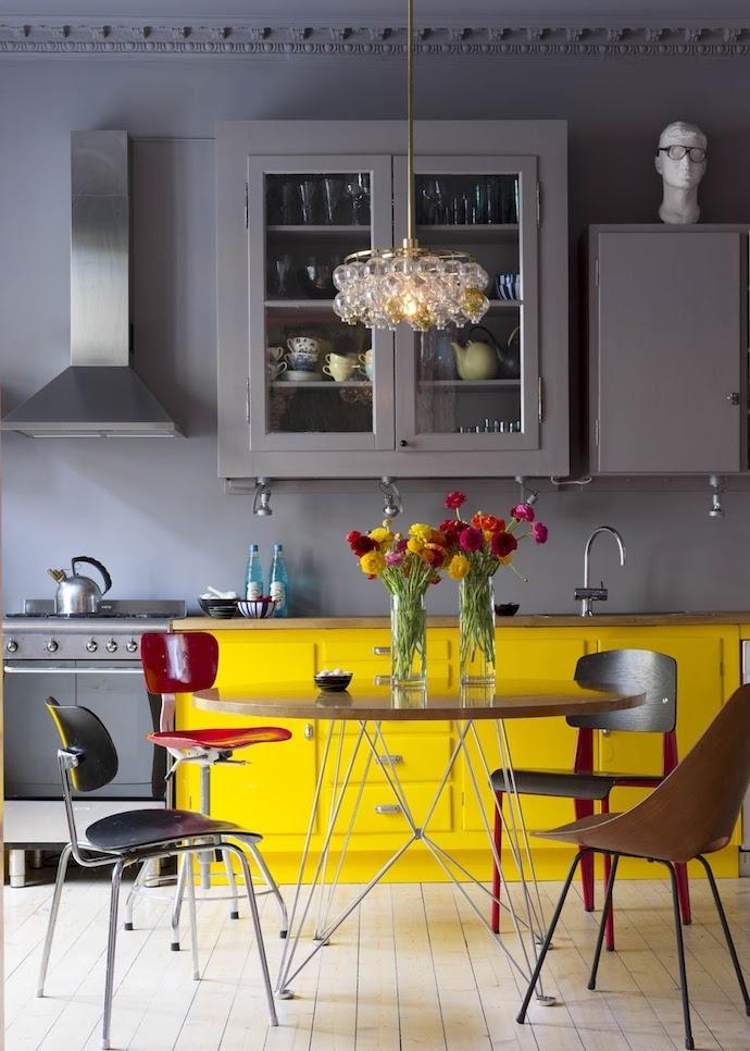 кухни необычных и комбинированных цветов источник
