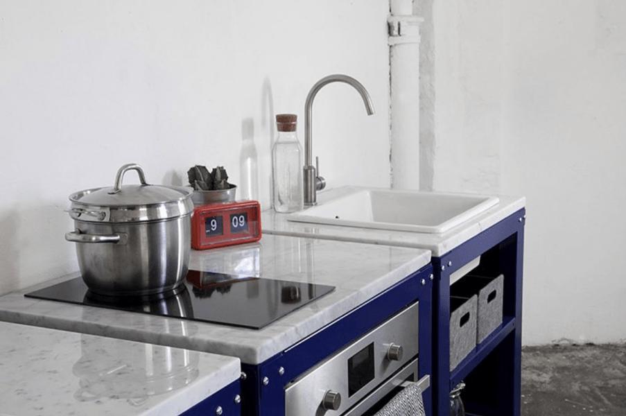 модульная кухонная мебель из нержавеющей стали  источник