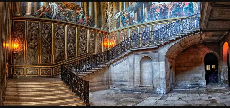 дворец Хэмптон-Корт Георга III в Лондоне  источник