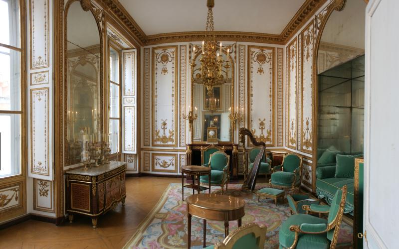 апартаменты Марии Антуанетты в Версале  источник
