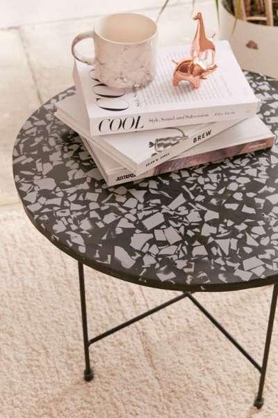 кофейный столик со столешницей из терраццо  источник