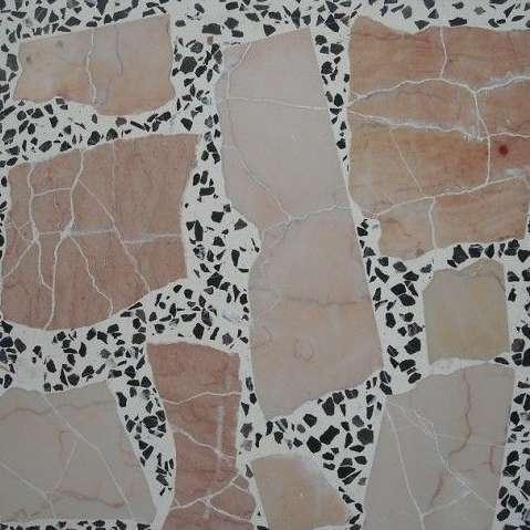 современные виды напольного покрытия, виды и рисунки мозаичного пола терраццо  источник