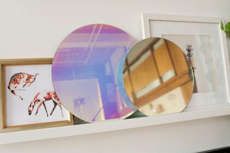 зеркало с радужным голографическим покрытием  фото