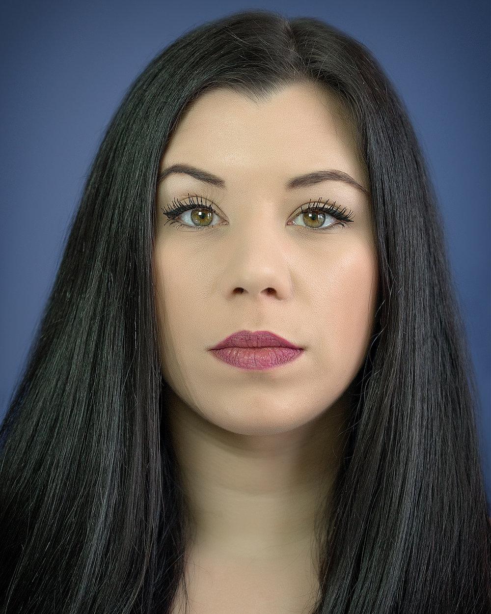 """<a href=""""http://iabstudentprofiles.com/emili-bizjak"""">Emili Bizjak</a>"""