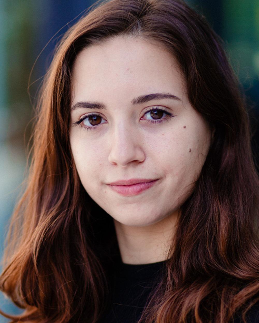Laia, Sara Filipa Headshot.jpg