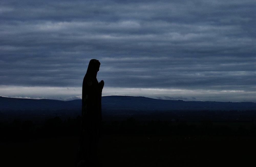 rosary-1212869_1920.jpg