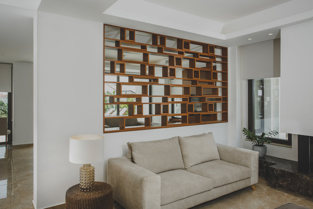 Wooden partition feature