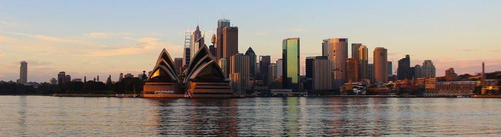 sydney-opera-house-harbor-city-sunset-161878.jpeg