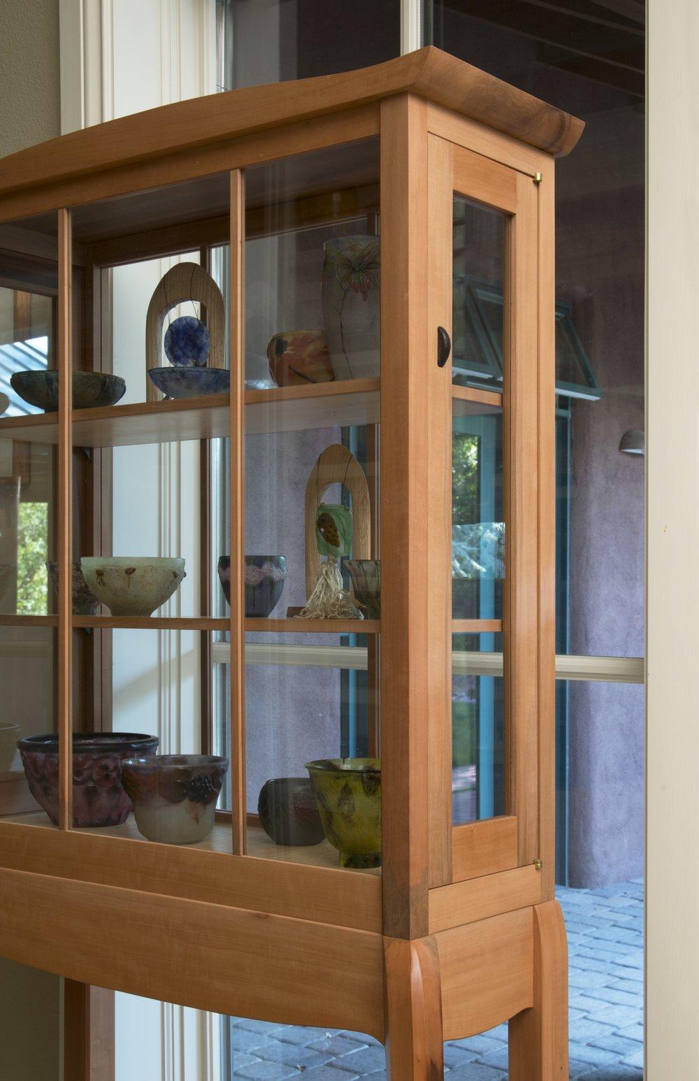 vitrine door detail.jpg