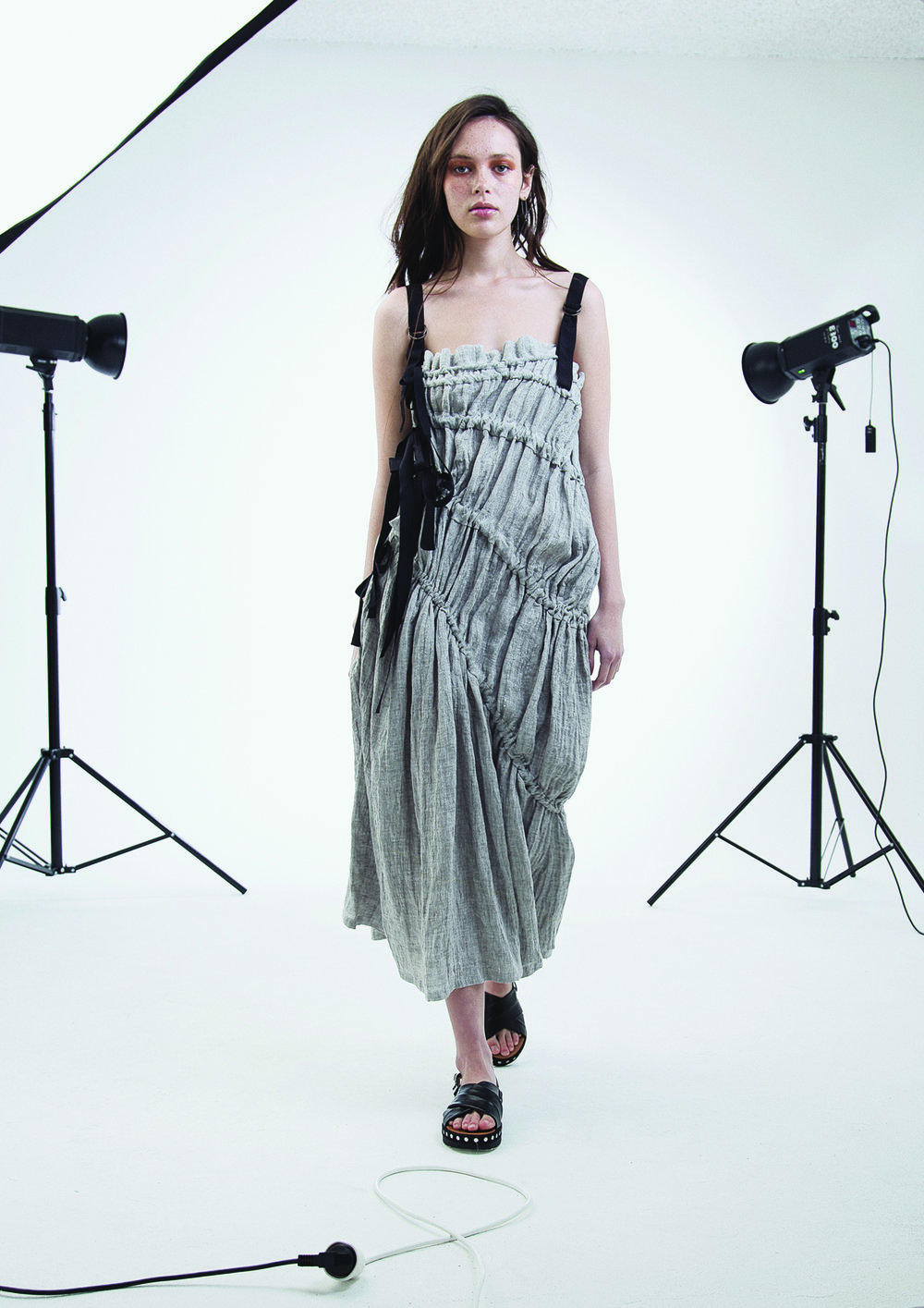 Pull Dress Gray Linen_low res.jpg