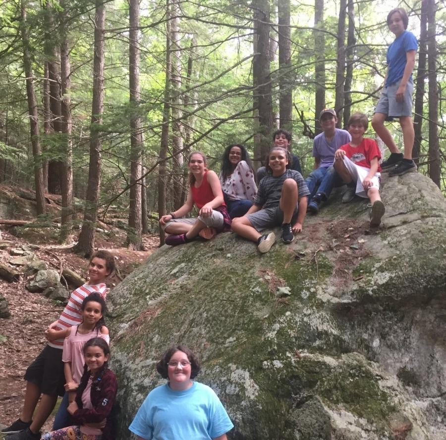 6th Grade hiking.jpg