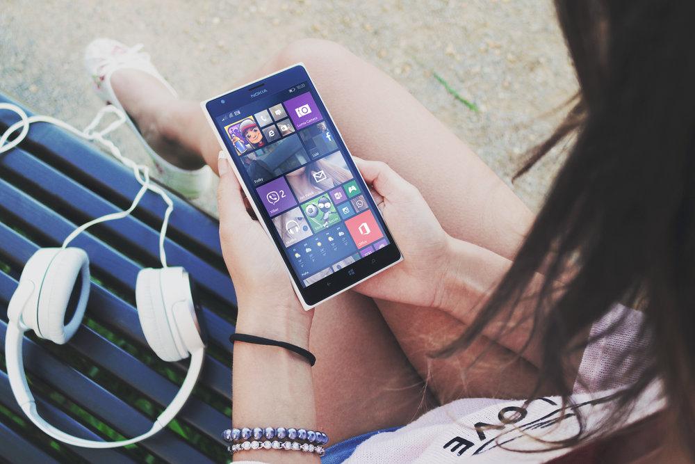 cel-phones.jpg