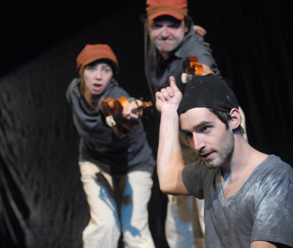 TRIAD THEATERCOMPANY KRABAT