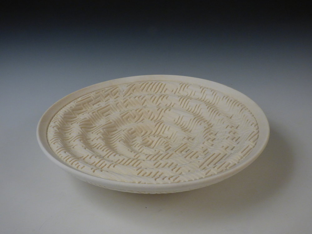 Dewey Garrett.   Wavy Maze Vessel , 2010. Bleached maple. 1 1/2 x 7 1/2 in. dia. Courtesy of the Artist. 2016.DG.05. Photo:  Courtesy of the Artist   METHOD: Hand turned box with fitted lid, carved on home-built ornamental turning machine based on historical rose engine designs