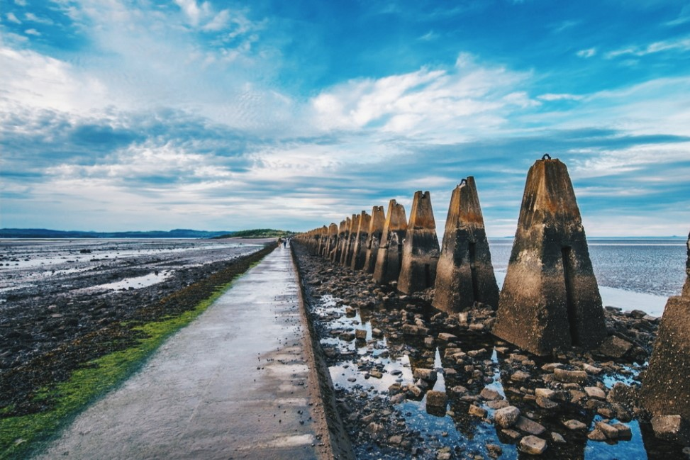 Causeway looking out to Cramond Island