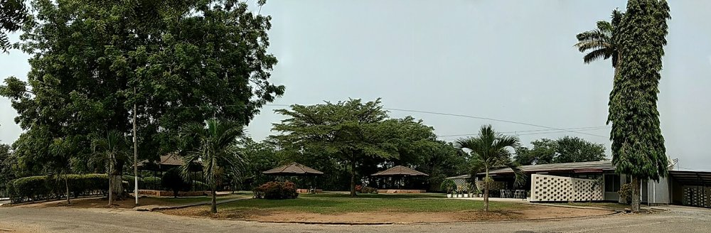 Dean's Guest House