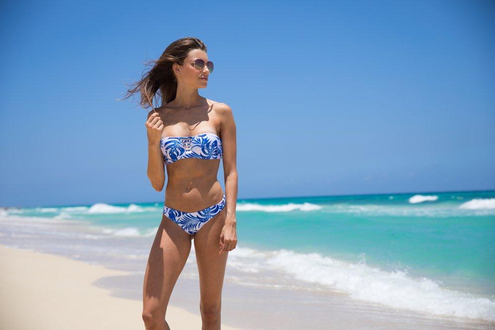 Brooke_Swallow_Bikini.jpg