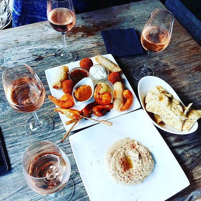 Best-Rose-Wines-To-Drink-This-Spring_1.jpg