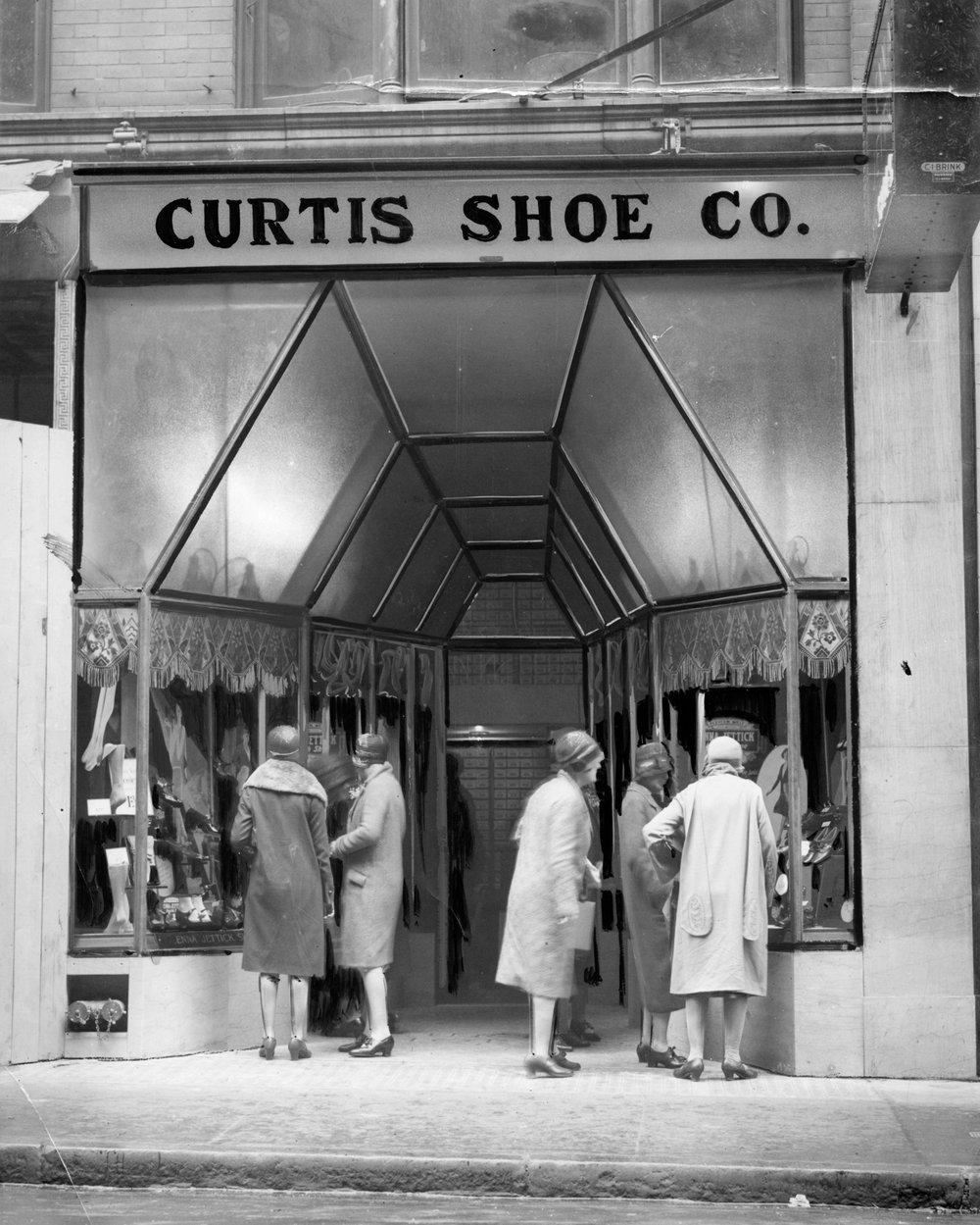 Curtis Shoe Co.