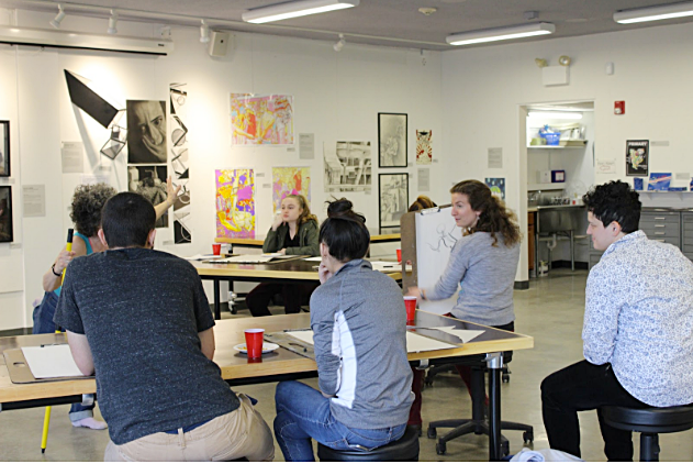 Rachel Dranoff (MA TLAD 2017) demonstrates figure drawing to her POD class from Woonsocket High School. All photos: risd Project Open Door