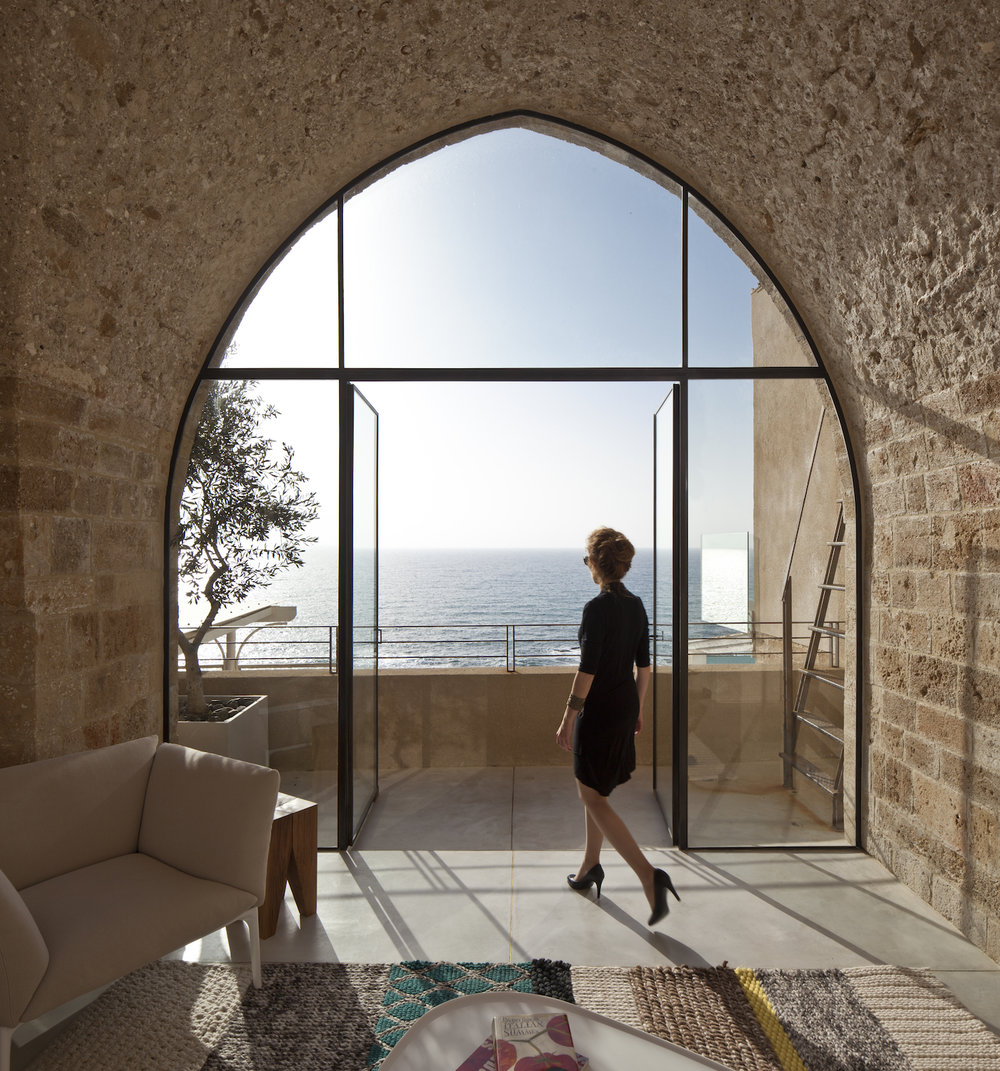 Living area. Tel Aviv–Yafo, Israel. Architecture by Pitsou Kedem Architects. Photography by Amit Geron. From the book  Your Creative Haven  (2019) by Donald M. Rattner.