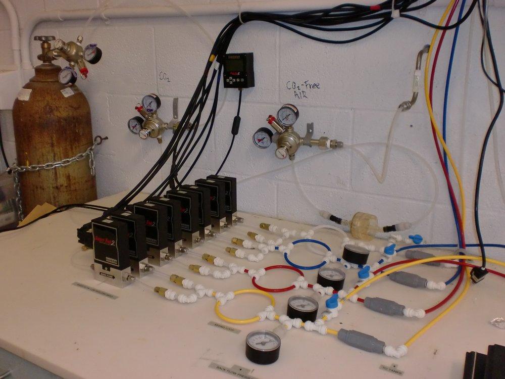 mass flow controllers.jpg