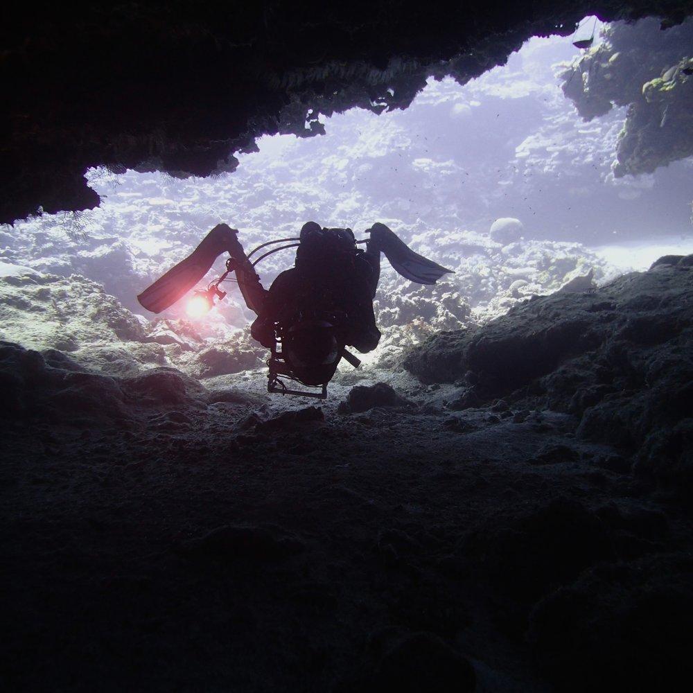 swim-through NCHU52.jpg