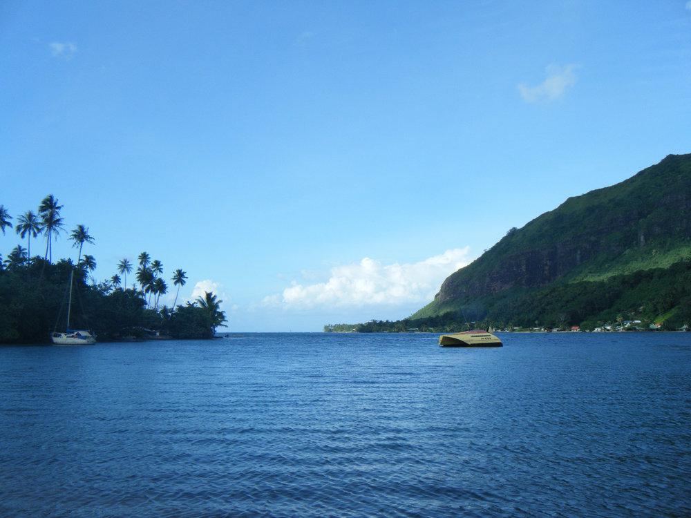Opunoho Bay.jpg