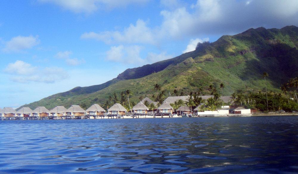 waterfront bungalows.jpg