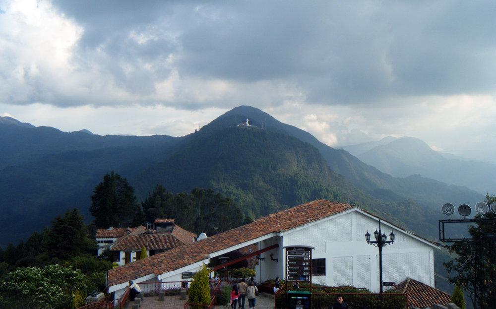 Cerro de Monseratte.jpg